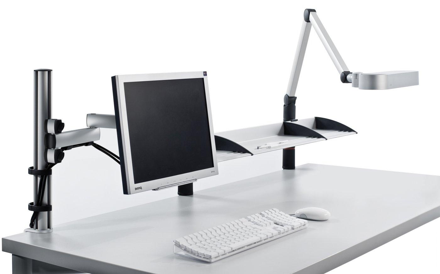 schreibtischhalterung mit drehbarem monitor gelenkarm und schwenkbare schreibtischlampe. Black Bedroom Furniture Sets. Home Design Ideas