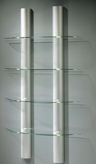 elegantes Wandregal mit 3 oder 4 Glasböden an halbrunden Aluminiumsäulen