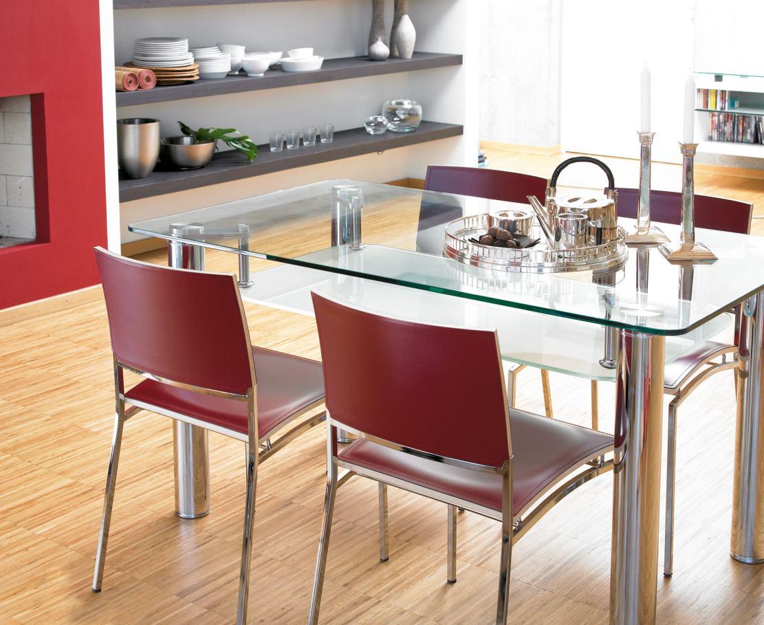 Sehr Moderner Und Gunstiger Esstischstuhl Cross Collection Und Glas Esstisch Cross Table Stuhl Mit Rotem Echt Lederbezug Stuhlgestell Tischgestell Verchromt