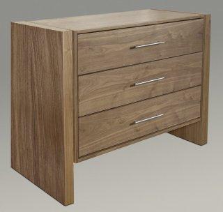 moderne Kommode aus robustem Massivholz individuell ausstattbar mit Türen oder Schubladen