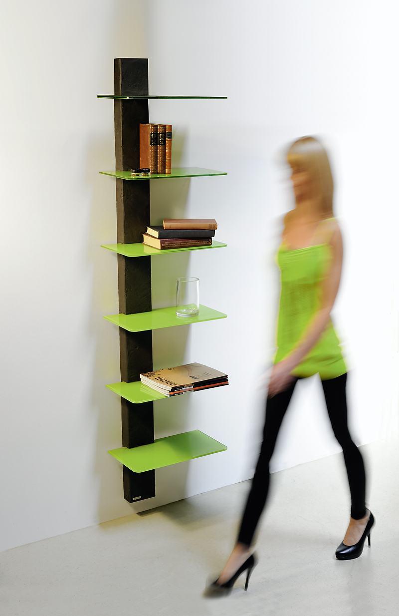 sehr stabiles b cher wandregal mit 6 farbig lackierten glasb den hochwertiges glasregal in ral. Black Bedroom Furniture Sets. Home Design Ideas